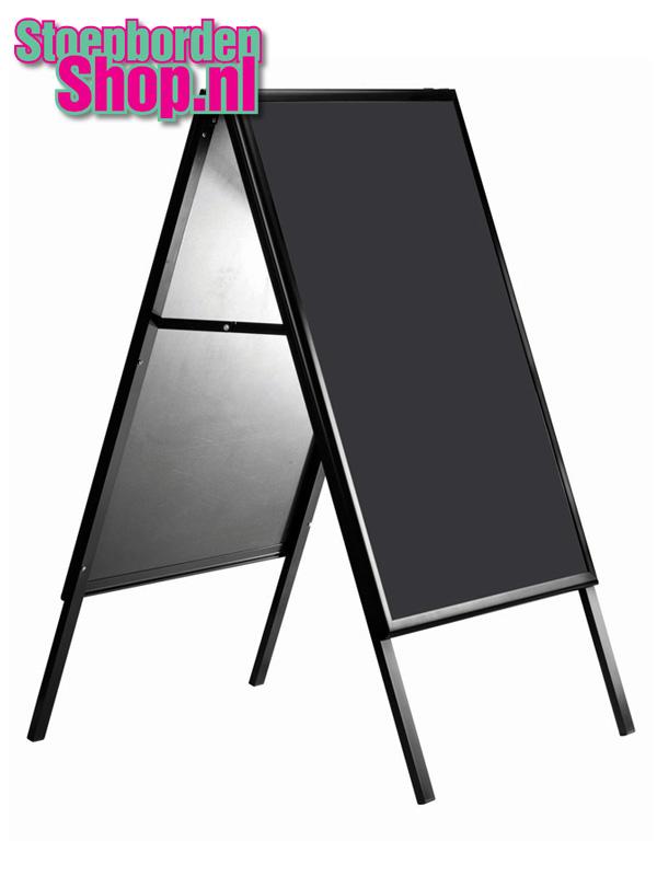 A standaard zwart met krijtbord