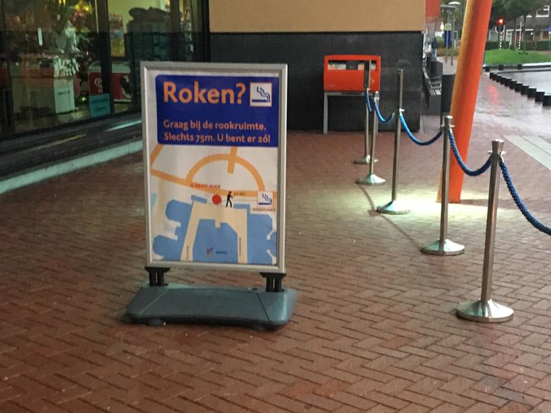 Stoepbord bij ziekenhuis Groningen